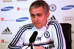 "Jose Mourinho responds to ""questions"""